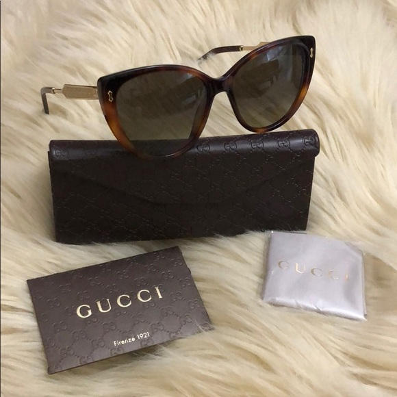 8ae99b2aa36 GUCCI Cat Eye 57mm Havana Gold Sunglasses